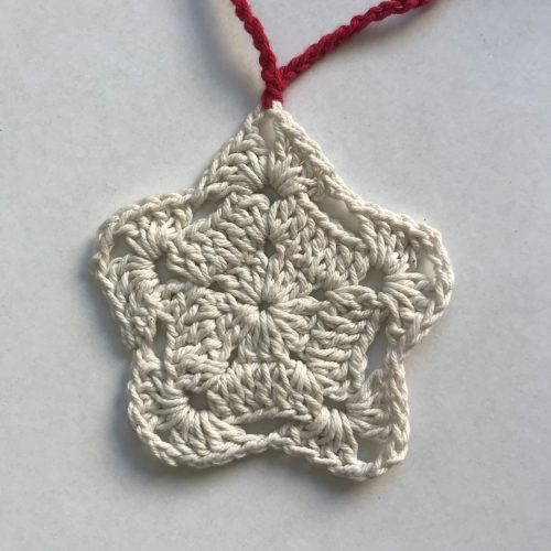 Estrella crudo tejida a crochet navidad