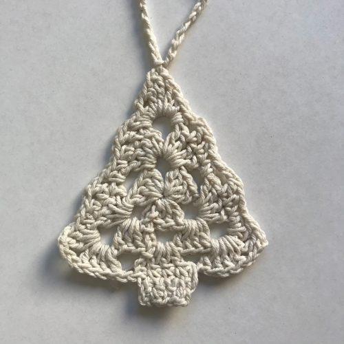 Pinito crudo tejido a crochet navidad